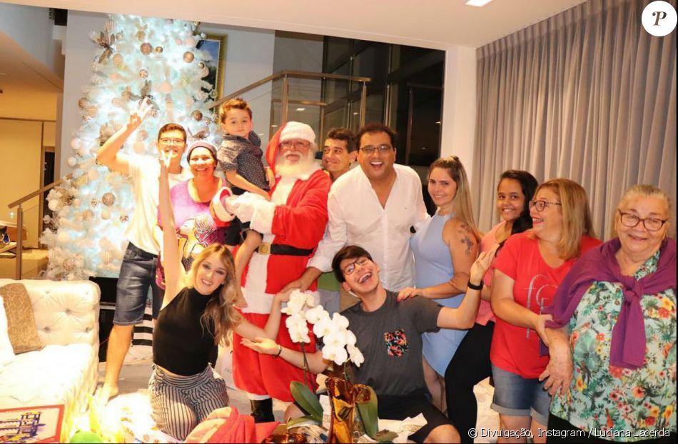 Viúva de Marcelo Rezende, Luciana Lacerda passou o Natal com o apresentador Geraldo Luis
