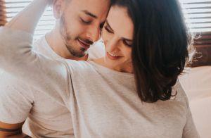 Clique raro: Junior Lima e mulher, Monica Benini, beijam filho, Otto. Veja foto!