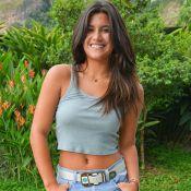 Giulia Costa coloca cobra no pescoço em viagem à Tailândia: 'Nervosa, mas feliz'