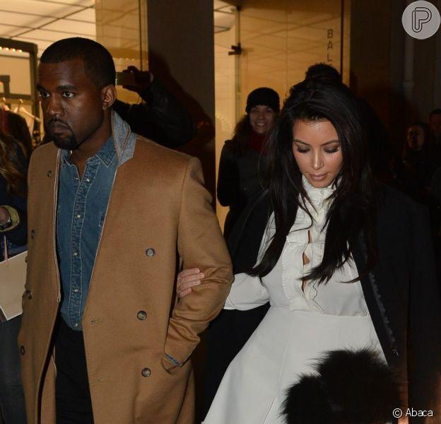 Kim Kardashian e Kanye West não querem que o filho que esperam apareça no reality show dos Kardashians, de acordo com a própria Kim, durante entrevista ao programa 'Jimmy Kimmel Live', nesta terça-feira, 29 de janeiro de 2013