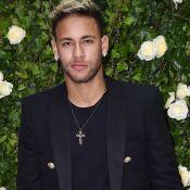 Neymar admite beijo em angel da Victoria's Secret e choro por amor:'Sentimental'