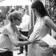 Camila Queiroz admitiu que estava ansiosa para gravar as cenas de gravidez de Luíza na novela 'Pega Pega'