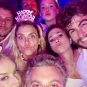 Marina Ruy Barbosa e Xande Negrão festejam 1º réveillon casados com amigos
