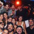 Bruna Marquezine e Neymar se divertiram com amigos na festa Borogodó, em Fernando de Noronha, no dia 30 de dezembro de 2017