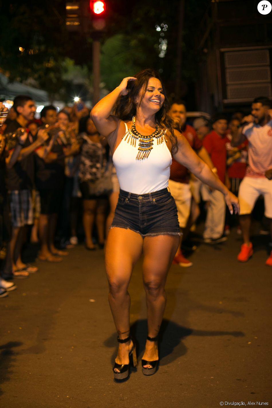 Viviane Araujo Nude Photos 29