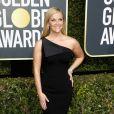 Reese Witherspoon apostou na tendência do ombro só com vestido  Zac Posen   na 75ª edição do Globo de Ouro, realizado no hotel The Beverly Hilton, na Califórnia, neste domingo, 7 de janeiro de 2018