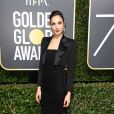 Gal Gadot usou look  Tom Ford, coleção primavera 2018,   na 75ª edição do Globo de Ouro, realizado no hotel The Beverly Hilton, na Califórnia, neste domingo, 7 de janeiro de 2018