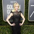 Nicole Kidman investiu em um longo Givenchy para  a 75ª edição do Globo de Ouro, realizado no hotel The Beverly Hilton, na Califórnia, neste domingo, 7 de janeiro de 2018