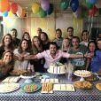 Joaquim Lopes ganhou uma festa surpresa da equipe do 'Vídeo Show'