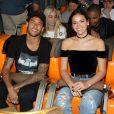 Neymar elogiou a namorada, Bruna Marquezine, em estreia da novela 'Deus Salve o Rei': 'Princesa da p****'