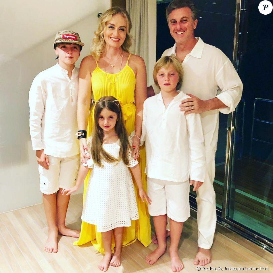 Luciano Huck mostrou Joaquim, Benício e Eva, seus filhos com Angélica, fazendo uma encenação da música de Jojo Todynho