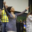 Juliana Alves mostrou ter recuperado as medidas após o nascimento da filha, Yolanda, durante ensaio da Unidos da Tijuca para o carnaval 2018