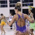 Dani Bolina é rainha de bateria da Unidos de Vila Maria para o carnaval 2018