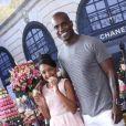 Rafael Zulu é pai de Luiza, de 11 anos. Festa teve como tema Paris