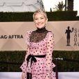 Kate Hudson brilhou com um diferente vestido Maison Valentino na 24ª edição do SAG Awards, realizada no Shrine Auditorium, em Los Angeles, na Califórnia, neste domingo, 21 de janeiro de 2018