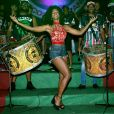 Erika Januza brilhou durante o ensaio da escola de samba carioca
