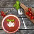 O Fast Mimicking é uma dieta de 5 dias que limita a quantidade de alimentos ingeridos para dar o efeito de jejum ao corpo. A sopa de tomate é um dos pratos permitidos
