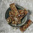 Entre as refeições, a barra de cereal sem ou com pouco açúcar é uma boa opção para quem decidir fazer o Fast Mimicking