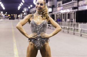 Sabrina Sato aposta em body metalizado em ensaio de carnaval da Gaviões. Fotos!