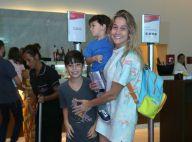 Fernanda Gentil leva o filho, Gabriel, em espetáculo infantil, no Rio de Janeiro