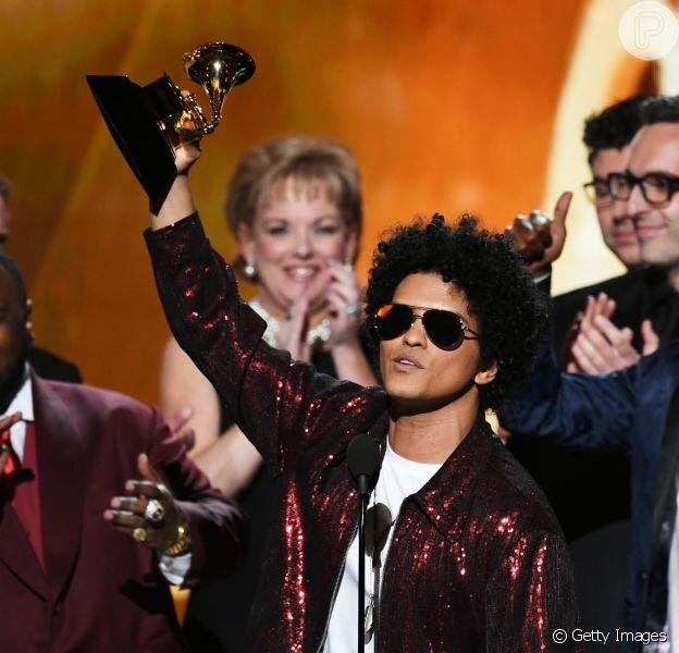 Bruno Mars foi o grande vencedor da 60ª edição do Grammy Awards. O cantorlevou para casa os troféus de Disco do Ano, Música do Ano, Gravação do Ano, Performance R&B, Música R&B e Álbum R&B com o álbum '24K Magic'