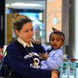 Leandra Leal destacou a luta contra preconceito na criação da filha, Julia