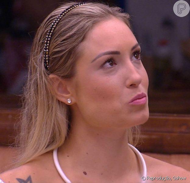 Jéssica revela a Jaqueline que tem um relacionamento fora do'Big Brother Brasil 18': 'Eu namoro'