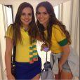 Bruna Marquezine usa shortinho para ir ao jogo do Brasil em Fortaleza