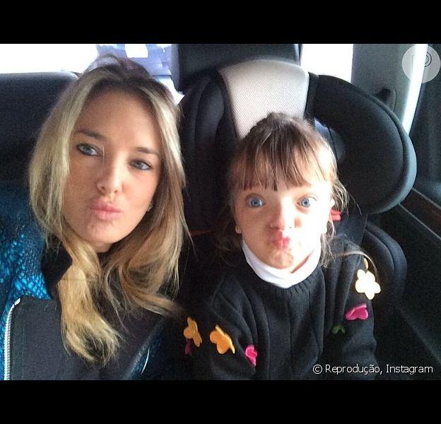 Rafaella Justus viaja com Roberto Justus para os Estados Unidos e Ticiane Pinheiro usa o Instagram para lamentar: 'O pior da separação é ficar longe dos nossos filhos' (15 de julho de 2014)