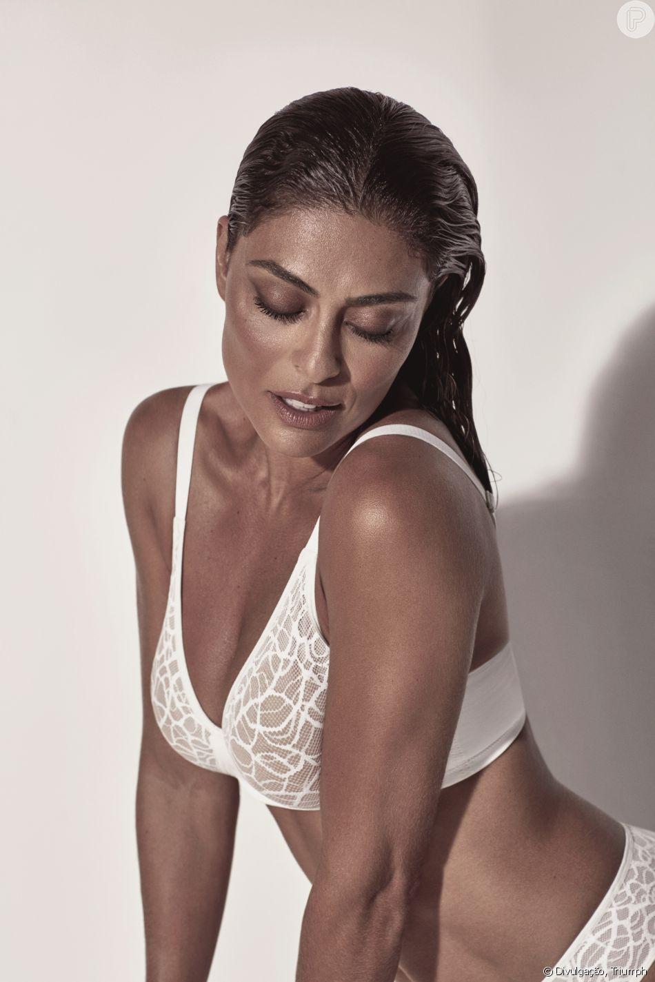 97a316f49 Juliana Paes escolheu a dedo as peças da coleção de lingerie em parceria  com a Triumph
