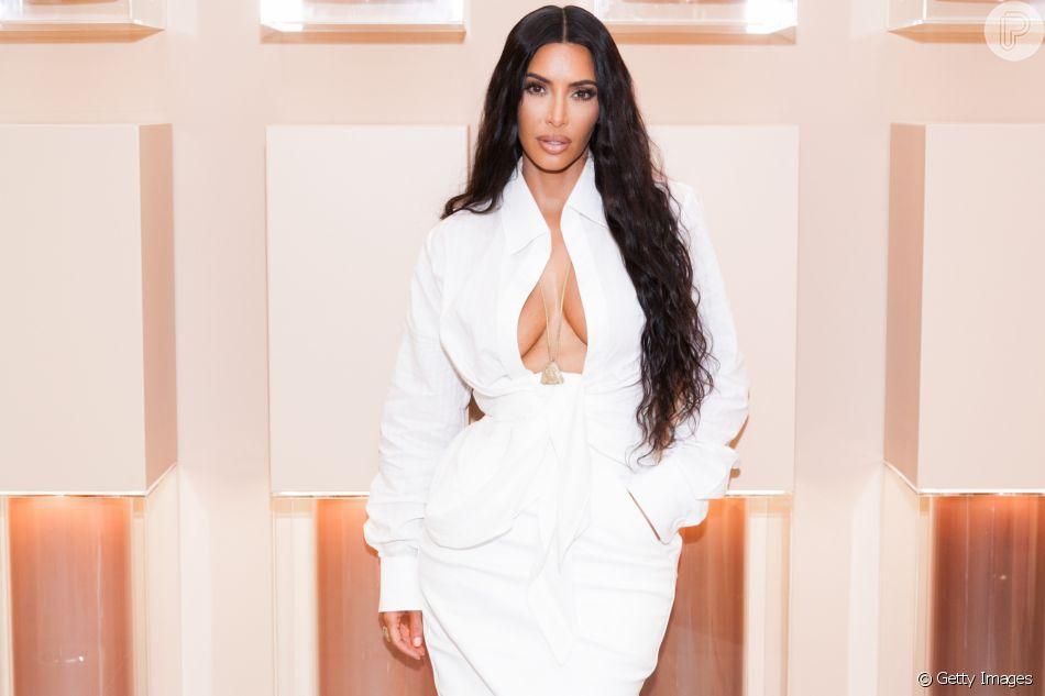 Kim Kardashian esteve em sua primeira loja da KKW Beauty and Fragrance no shopping Westfield Century City, em Los Angeles, na Califórnia, nesta segunda-feira, 18 de junho de 2018