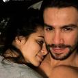 Dupla de Munhoz, Mariano assumiu namoro com Carla Prata em sua rede social