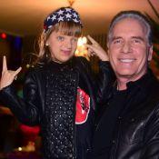 Roberto Justus exibe a filha, Rafa Justus, tocando bateria e cantando: 'Orgulho'