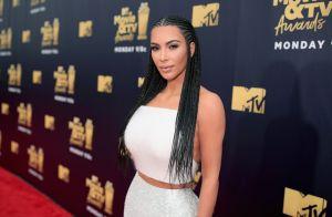 Kim Kardashian minimiza polêmica sobre tranças em evento: 'Porque North queria'
