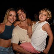 Filho de Neymar, Davi Lucca curte piscina com o namorado da mãe: 'Meus gatinhos'