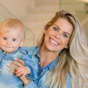 Karina Bacchi exibe filho com uniforme da Seleção: 'Prontos para torcer!'
