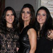 Fátima Bernardes posa com filhas, Beatriz e Laura, e fã aponta: 'Parece irmã'