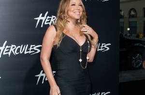 Mariah Carey usa vestido curto em aparição surpresa durante première nos EUA
