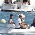 Neymar curte dias de férias em Ibiza com amigos e Bruna Marquezine