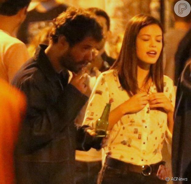 Maurício Destri e Vitória Strada curtem noite carioca juntos