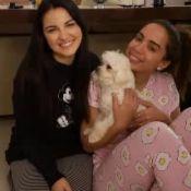 Anitta faz festa do pijama com ex-RBD Maitê Perroni: 'Ela dorme de tênis'