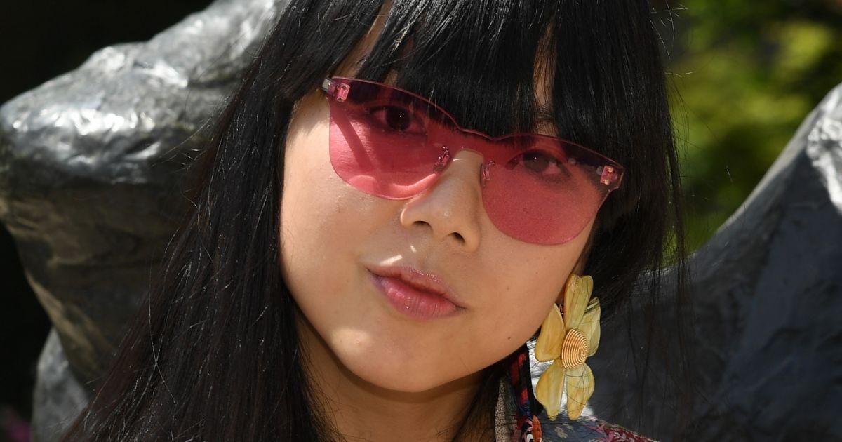 c03e421a5acda Os óculos colorquake da Dior  na primeira fila do desfile de couture da  marca - Purepeople