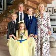 O apresentador Luciano Huck com os filhos Joaquim, Benício e Eva