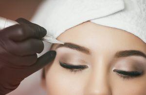 Veja 4 dicas para realçar o olhar preenchendo as sobrancelhas: 'Nunca use preto'