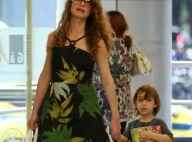 Alinne Moraes passeia em shopping ao lado do marido e do filho, Pedro, no RJ