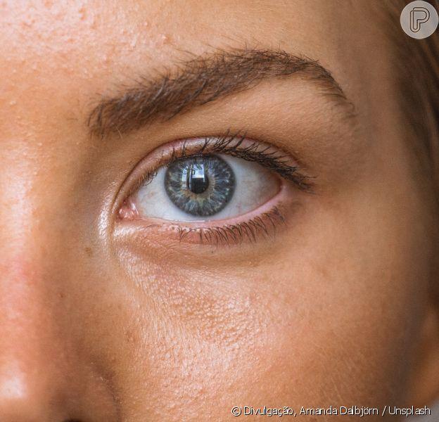 Qual cor é mais indicada para preencher as sobrancelhas? Isso vai variar de acordo com o tom do cabelo natural e da pele