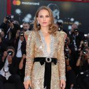 Golden girl! Natalie Portman usa Gucci dourado com lantejoulas em Veneza. Fotos!