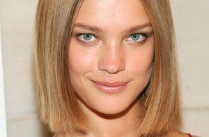 Fio extremamente liso e brilhante com estilo espelhado é tendência: 'Glass hair'