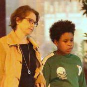 Drica Moraes e o filho, Mateus, passeiam por rua da zona sul do Rio. Veja fotos!