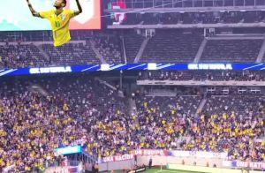 Marquezine, com Sasha em jogo do Brasil, vibra com gol de Neymar: 'Vai, preto'
